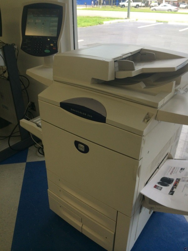 XEROX DOCUCOLOR 240 WITH CREO SPIRE CONTROLLER USED Fabrication Les fabricants, fournisseurs, exportateurs, grossistes